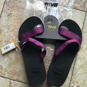 NEW! Teva Mush Mandalyn wedge Lima purple size 8